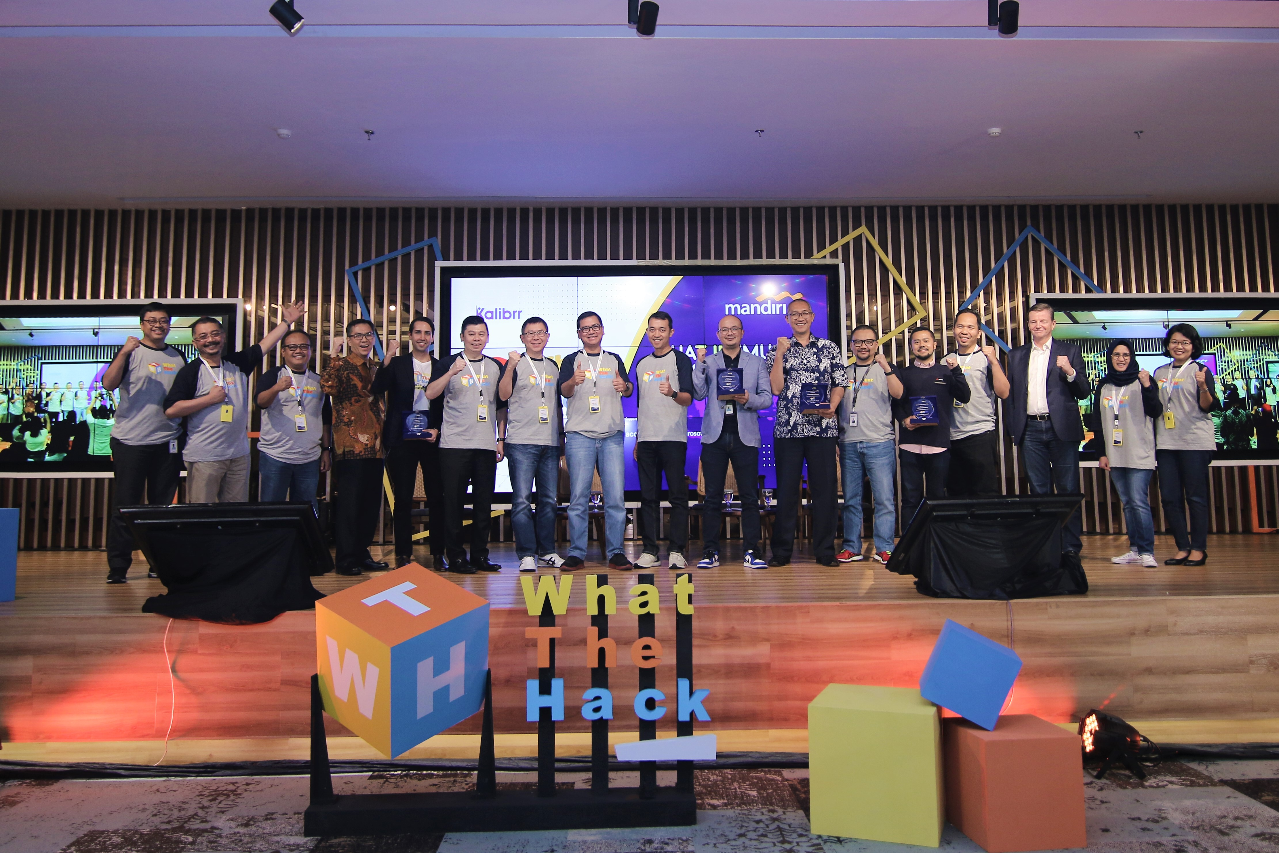 Bank Mandiri What The Hack! Profesional Muda Hadirkan Future Banking